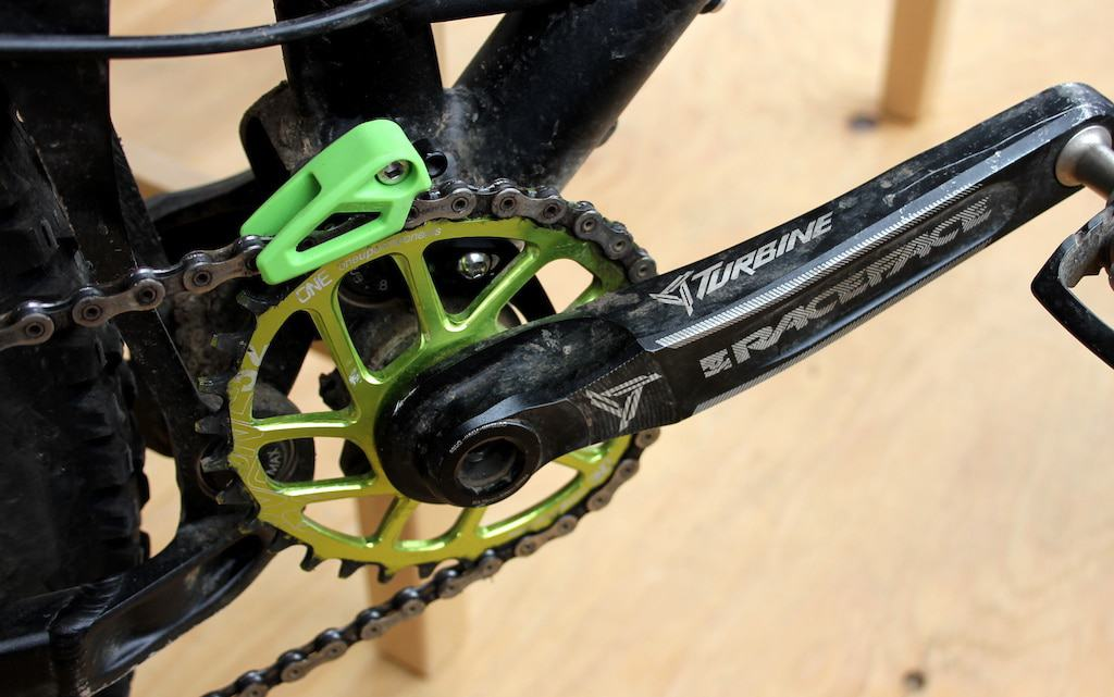 20 Tips and Guides on How to Properly Change the Bicycle Chain