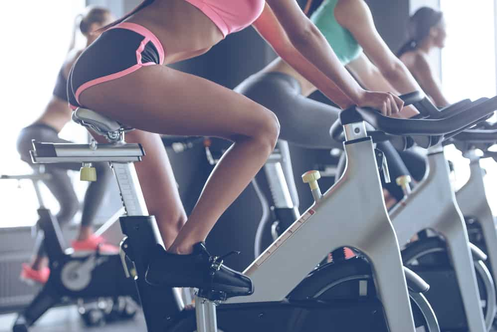 how many calories does cycling burn in 30 minutes